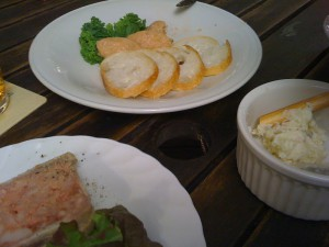 KEEL'S BAR HOUSE AOBADAIの食事